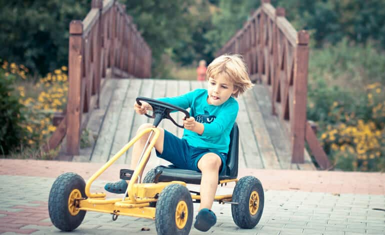 15 Best Go Karts for Kids in 2020 • Gas, Pedal, Electric Toys Review