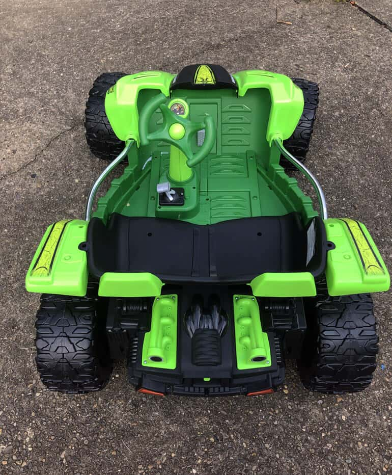 back view of power wheels